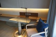 工作空间室内设计在卧室 免版税库存照片