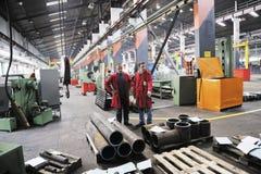 工作者人在工厂 免版税库存照片