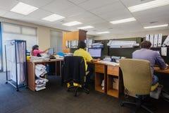 工作计算机办公室的建筑师 免版税库存图片