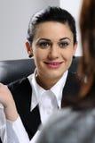 工作年轻人的女商人 免版税图库摄影