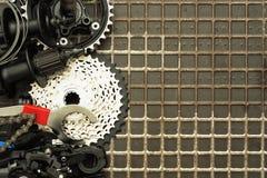 工具和备件自行车的 免版税库存照片