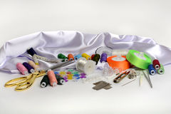 工具和辅助部件缝合的 免版税库存照片