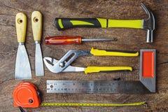 工具顶视图,板钳,锤子,螺丝刀,钳子,电 库存照片