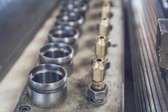 工厂作为抽象金属工业背景的设备机械的钢零件 库存图片