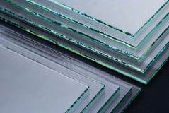 工厂制造的缓和清楚的浮法玻璃盘区板料按尺寸裁剪的 库存照片