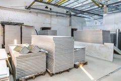 工厂厂房内部建设中 免版税库存照片