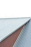 工厂厂房屋顶板料,灰色钢屋顶样式,被隔绝的抢夺的屋顶盘区,大详细的茶黄被绘的木头 免版税库存图片