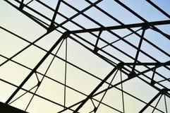 工厂屋顶的钢制框架 免版税图库摄影