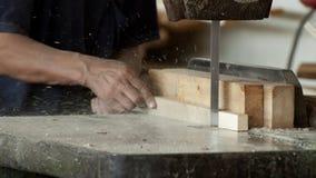 工厂木材加工工作者 免版税库存图片