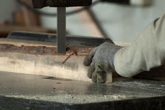 工厂木材加工工作者 免版税库存照片