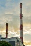 工厂烟囱导致电 图库摄影
