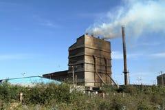 从工厂的大气污染在埃塞俄比亚 免版税图库摄影