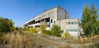 工厂破坏全景 库存照片