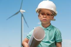 工程师和风车的概念 免版税库存照片
