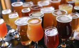 工艺啤酒品尝飞行 库存图片