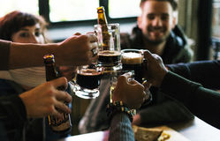 工艺啤酒铅矿石酿造酒精庆祝茶点概念 免版税库存照片