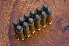 左轮手枪弹药筒 45 Cal狂放的西部期间 免版税库存图片