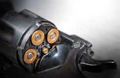 左轮手枪细节  库存照片