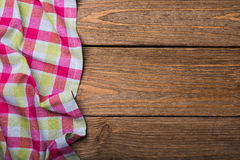 从左边木台式视图的餐巾 库存照片