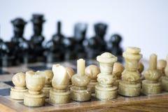 从左边的下棋比赛 免版税库存照片