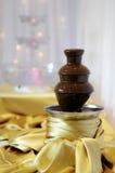 巧克力可口涮制菜肴喷泉 库存图片