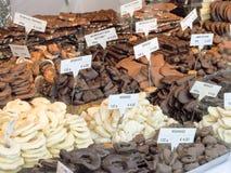 巧克力和甜点商店 免版税库存图片