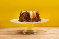 巧克力和香草大理石花纹蛋糕 免版税图库摄影