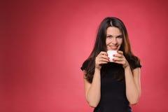 巧克力咖啡杯热茶妇女 免版税库存照片