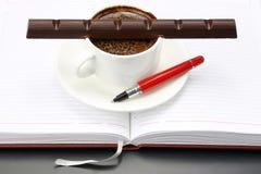 巧克力在白热杯熔化了用无奶咖啡 免版税图库摄影