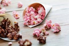 巧克力玉米花 免版税库存图片