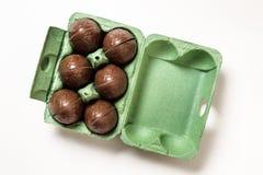巧克力复活节彩蛋甜传统 免版税库存照片