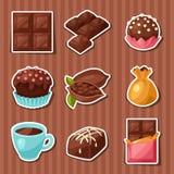巧克力套各种各样的鲜美甜点和糖果 皇族释放例证