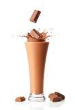 巧克力奶昔圆滑的人 免版税库存图片