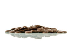 巧克力按钮,被反射 免版税库存图片