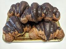 巧克力新月形面包 库存图片