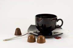 巧克力杯子茶茶匙 免版税图库摄影