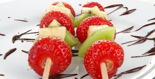 巧克力果子kebabs 免版税图库摄影