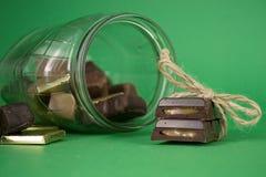 巧克力查出的甜点块菌 免版税图库摄影