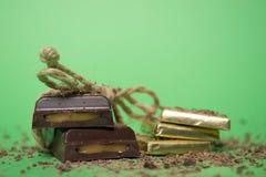 巧克力查出的甜点块菌 免版税库存照片
