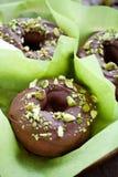 巧克力油炸圈饼 库存照片