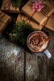 巧克力热圣诞节的礼品 库存图片