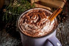 巧克力热圣诞节的礼品 图库摄影