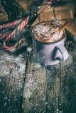 巧克力热圣诞节的礼品 免版税库存图片