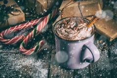 巧克力热圣诞节的礼品 库存照片