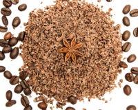 巧克力片和咖啡豆 库存照片