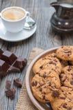巧克力片coockies用咖啡 免版税库存照片