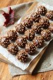 巧克力球- cakepops 免版税库存图片
