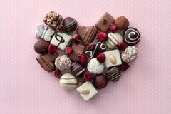 巧克力糖心脏 图库摄影