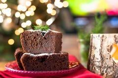 巧克力自创早餐的圣诞节蛋糕为假日 文本的空位 免版税图库摄影
