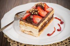 巧克力草莓蛋糕 库存图片